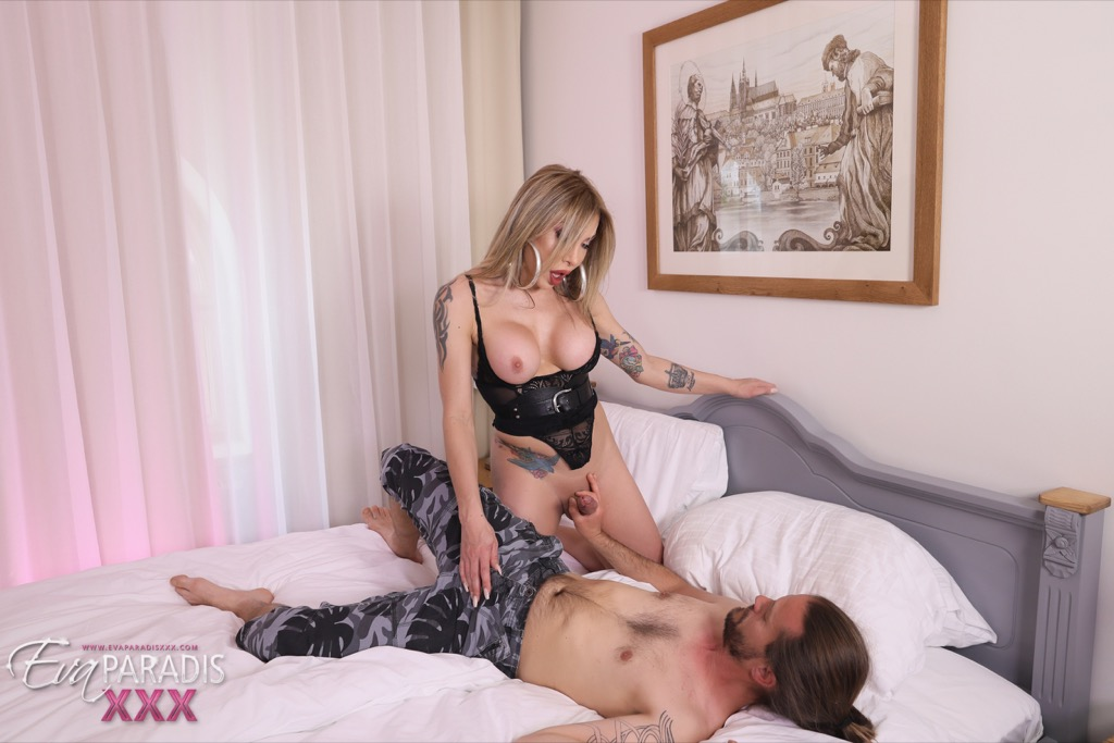 Eva ravages rick s penish and pounds his butthole with her